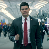 Dingdong Dantes, Fil-Aussie poet perform at Paris climate talks